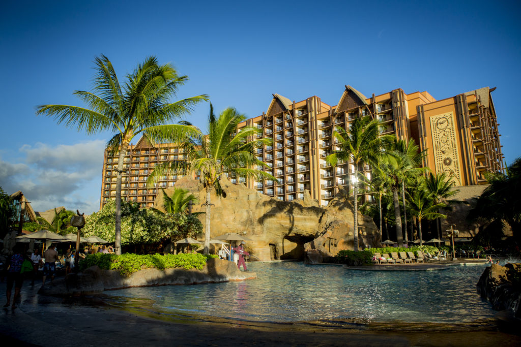 Disney's Alumni Resort & Spa on Oahu in Hawaii h
