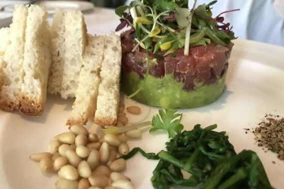 Gluten Free Dining at the Polo Lounge (read more)