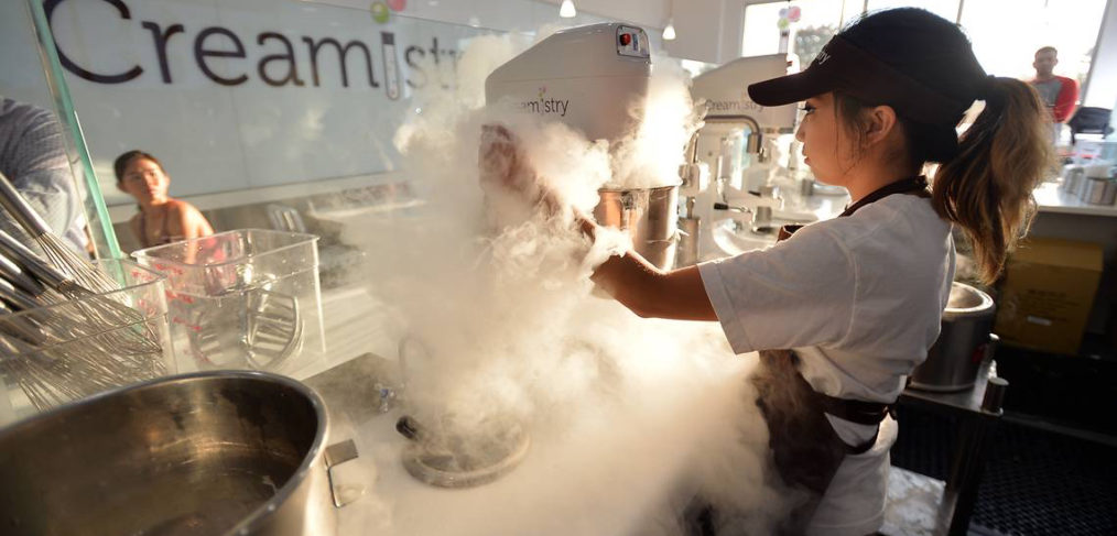 Making liquid nitrogen ice cream at Creamistry